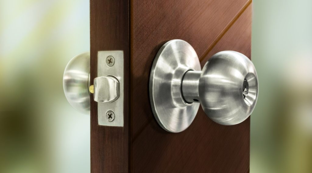 Choosing Between Levers or Door Knobs - Miami Interior Doors