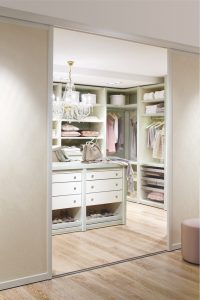 Miami Walk-in Closet - Four Tips for the Perfect Walk-in Closet